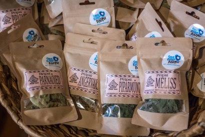 Mesi tare toidusuveniirid - kohalikud taimeteed